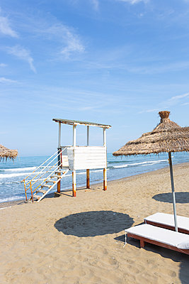 Strand des Generals in Albanien - p454m2176608 von Lubitz + Dorner