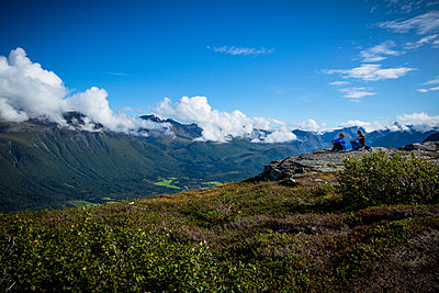 Contemplating the norvegian landscape - p1062m954013 by Viviana Falcomer