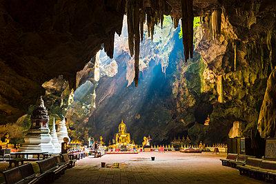 Buddhist temple inside the Tham Khao Luang Cave, Phetchaburi, Thailand. - p651m2007016 by Marco Bottigelli