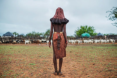 Africa, Namibia, Woman in traditional clothing - p1167m2272280 by Maria Schiffer