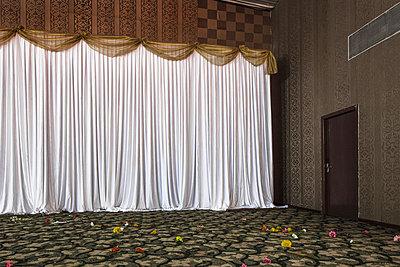 Theatre curtain - p979m1035137 by Bohnhof, Anja