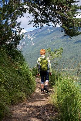 Austria, Tyrol, boy hiking at Achensee - p300m1081408f by Jess Derboven