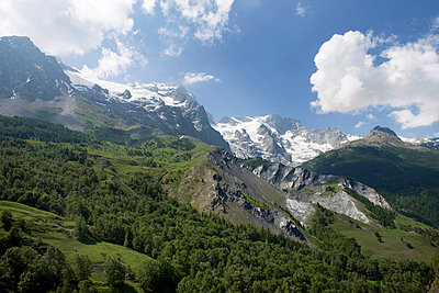 Panoramic view - p6370128 by Florian Stern