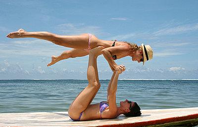 Akrobatische Übung - p0451673 von Jasmin Sander