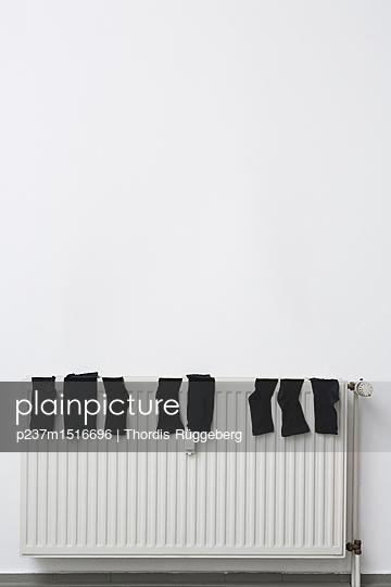 Socks on  - p237m1516696 by Thordis Rüggeberg