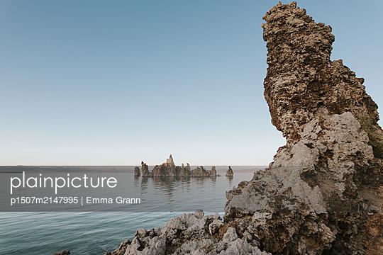 Mono Lake - p1507m2147995 by Emma Grann