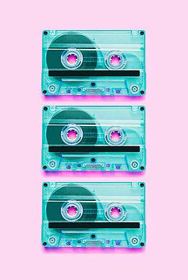 Cassettes - p1149m1591150 by Yvonne Röder
