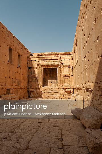 Ruinen des Baaltempels der Oasenstadt und UNESCO-Weltkulturerbe Palmyra/Tadmor nahe Damaskus, Syrien - p1493m2063578 von Alexander Mertsch