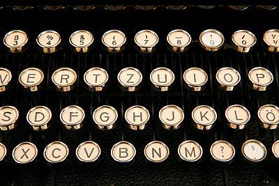 Alte Schreibmaschine - p1650821 von Andrea Schoenrock