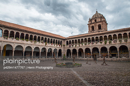 Colonial courtyard, Cusco, Peru, South America