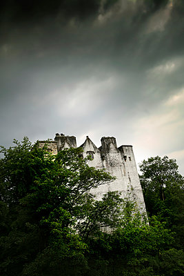 Donegal Castle - p1038m931492 by BlueHouseProject