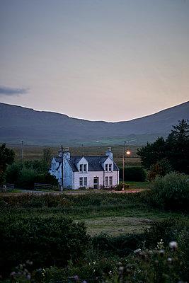 Haus in Schottland - p1124m1491362 von Willing-Holtz
