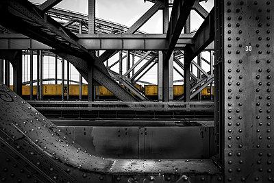 Stahlbrücken - p1696m2294529 von Alexander Schönberg