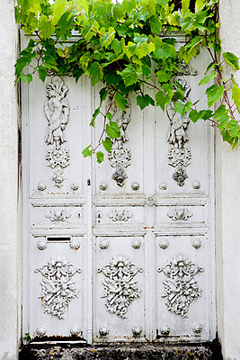 Old door - p248m709344 by BY