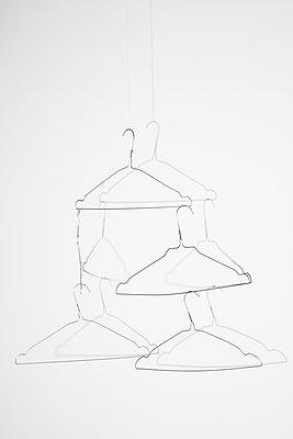 Kleiderbügel - p1212m1439970 von harry + lidy