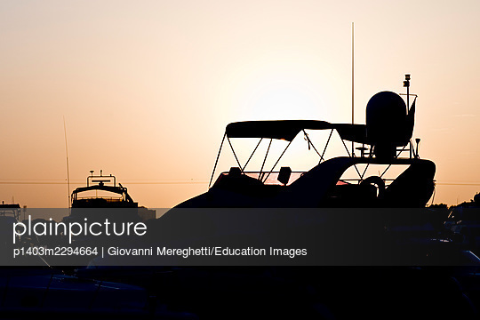 Craft - p1403m2294664 by Giovanni Mereghetti/Education Images