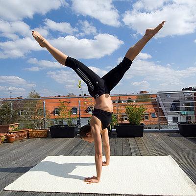 Yoga - p2873098 von Ralf Mohr