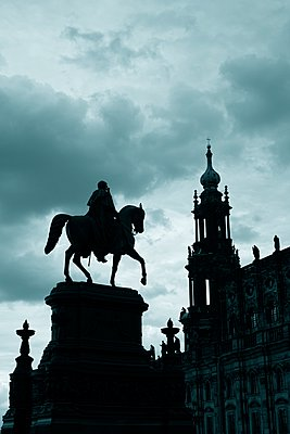 Germany, Saxony, Dresden, view to court church and Equestrian statue of King John - p300m940904f by Markus Keller