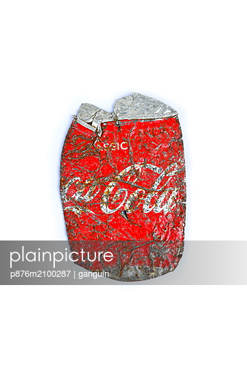 withered coke can - p876m2100287 by ganguin