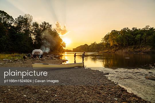 p1166m1524924 von Cavan Images