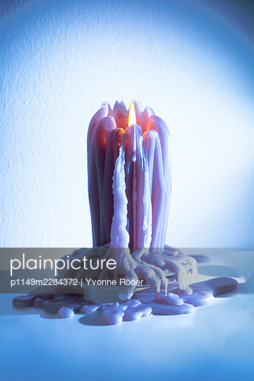 Candle - p1149m2284372 by Yvonne Röder