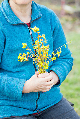 Gardening woman - p956m658551 by Anna Quinn
