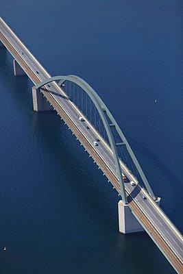 Fehmarnsundbrücke - p1016m907541 von Jochen Knobloch