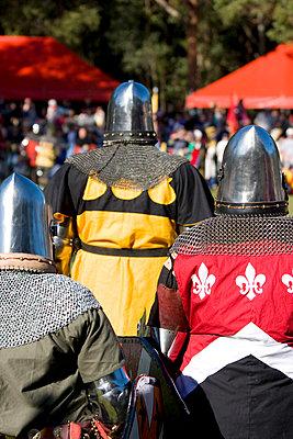 Ritter auf einem Mittelalterfest - p473m670467f by STOCK4B-RF