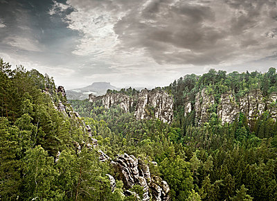 Elbe Sandstone Mountains - p9180081 by Dirk Fellenberg