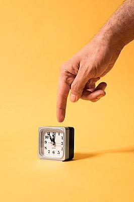 Five minutes to twelve - p947m2172211 by Cristopher Civitillo