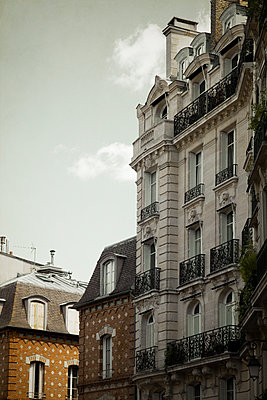 Paris Buildings  - p1248m1589937 by miguel sobreira