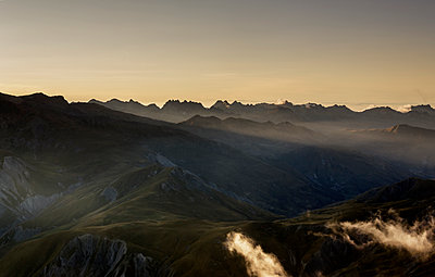 Plateau d'Emparis setting sun in the Alps - p910m1159407 by Philippe Lesprit