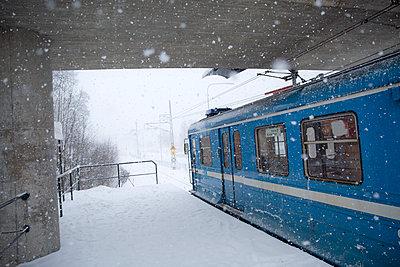 Train leaving station - p312m1570581 by Malcolm Hanes