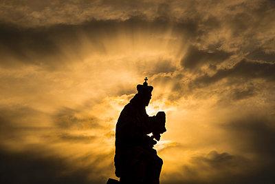 Czechia, Prague, view to statue of Ludmila of Bohemia at Charles Bridge by twilight - p300m965096f by Walter G. Allgöwer