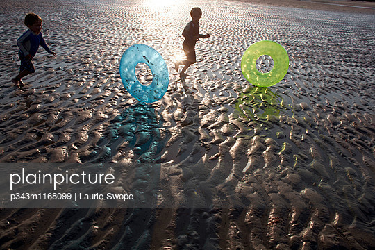 p343m1168099 von Laurie Swope