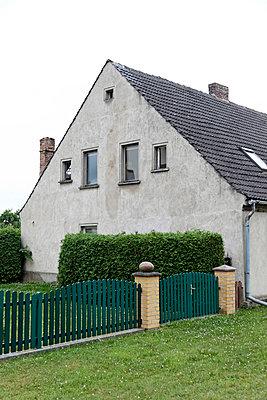 Haus - p238m831905 von Anja Bäcker