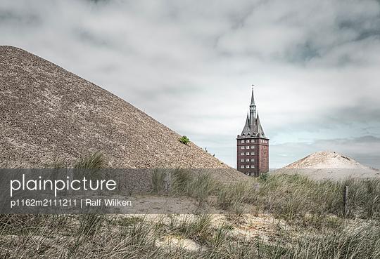 Youth hostel in Wangerooge - p1162m2111211 by Ralf Wilken
