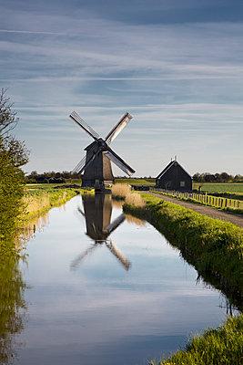 Windmill Schermerhorn - p1032m1139051 by Fuercho