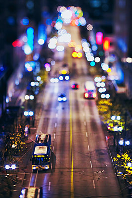 USA, Washington, Seattle, High angle view of cars in city at night - p1427m2200814 by Steve Korn