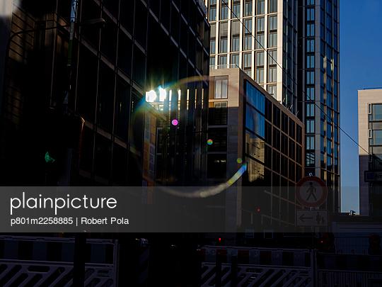 Germany, Frankfurt, Financial district - p801m2258885 by Robert Pola