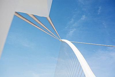 Steel bridge - p586m823738 by Kniel Synnatzschke