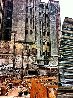 South America, Uruguay, Montevideo, Street View - p300m1010220 by Arist von S.