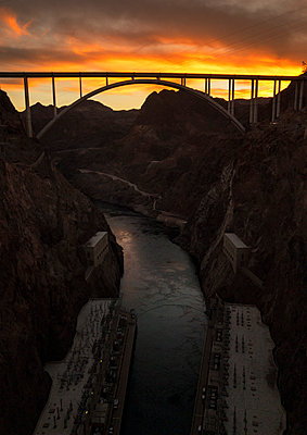 Sunset at the Hoover Dam - p1515m2093194 by Daniel K.B. Schmidt