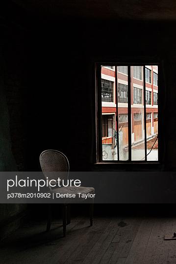 p378m2010902 von Denise Taylor