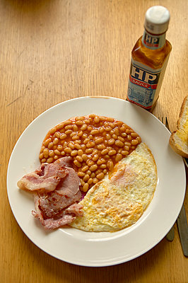 Baked beans - p1010m2284206 by timokerber
