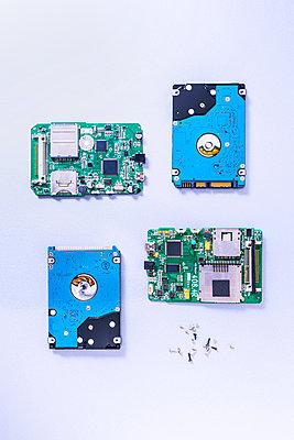 Hard disks - p1149m2264110 by Yvonne Röder