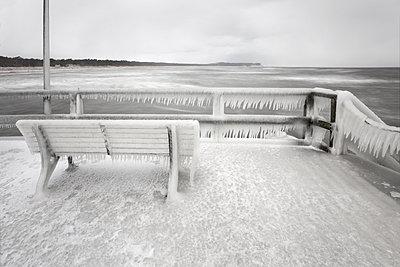 Eisbank - p1217m1090658 von Andreas Koslowski