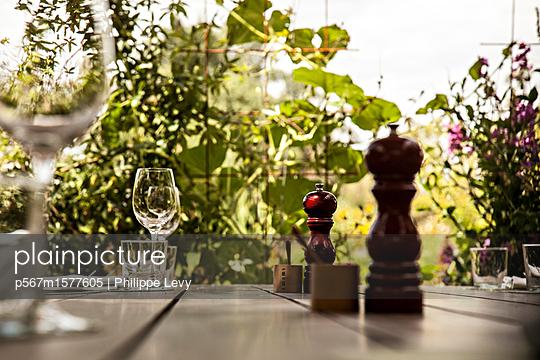 Weinprobe - p567m1577605 von Philippe Levy