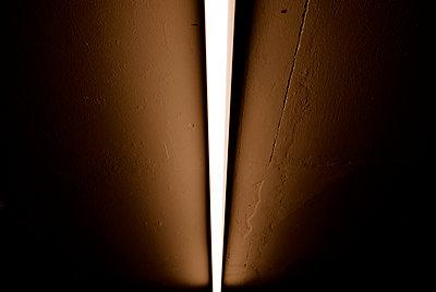 Neonröhre - p1800739 von Martin Llado