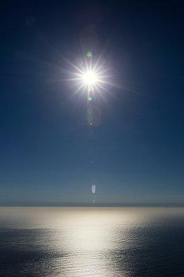 Sun - p226m1034756 by Sven Görlich